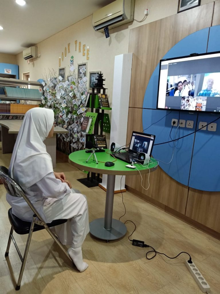 Video Conference Bilingual